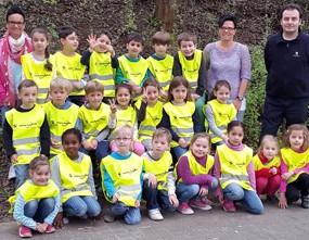 Erfolgreiche Spendenaktion: Sicherheitsponchos für Kinder