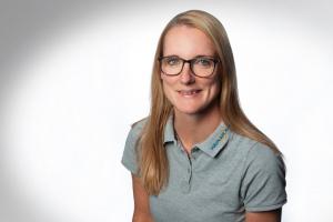 Carina Hederich, Service-Assistentin