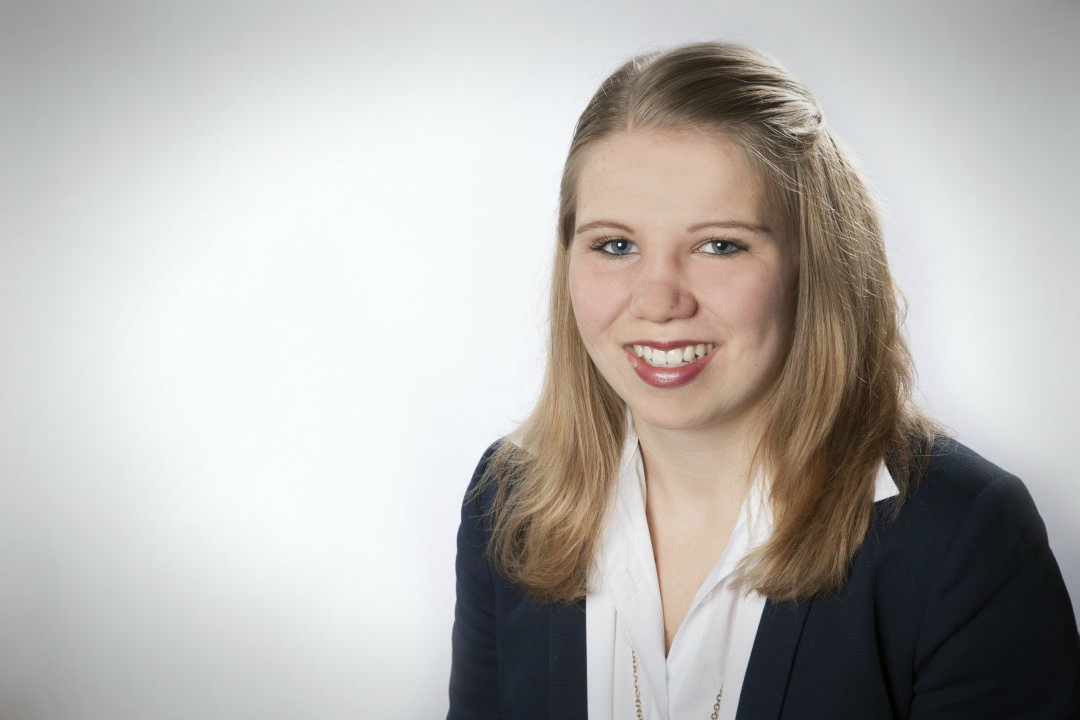 Eva-Maria Lorenz, Auszubildende zur Automobilkauffrau