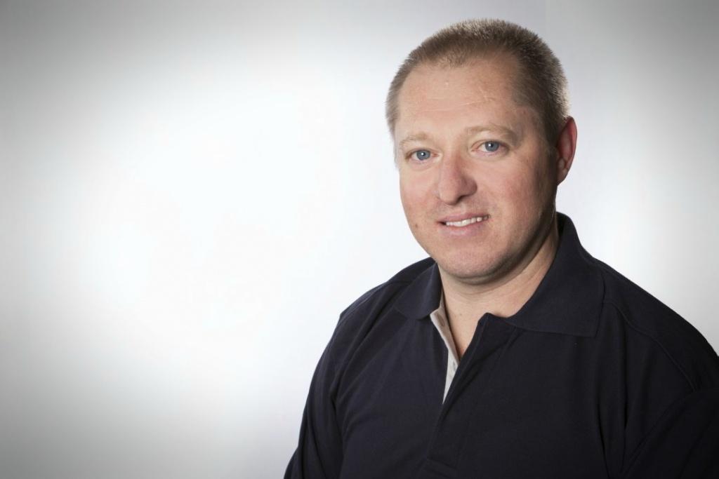 Reinhold Bär, KFZ-Mechaniker