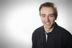 Ken Olando Klinkel, KFZ-Mechatroniker